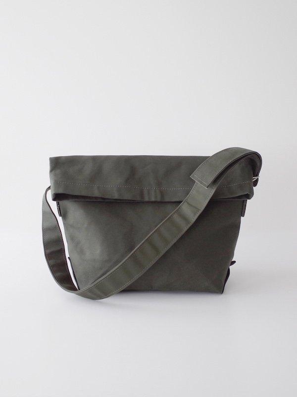 TEMBEA Messenger Bag - Olive / Olive