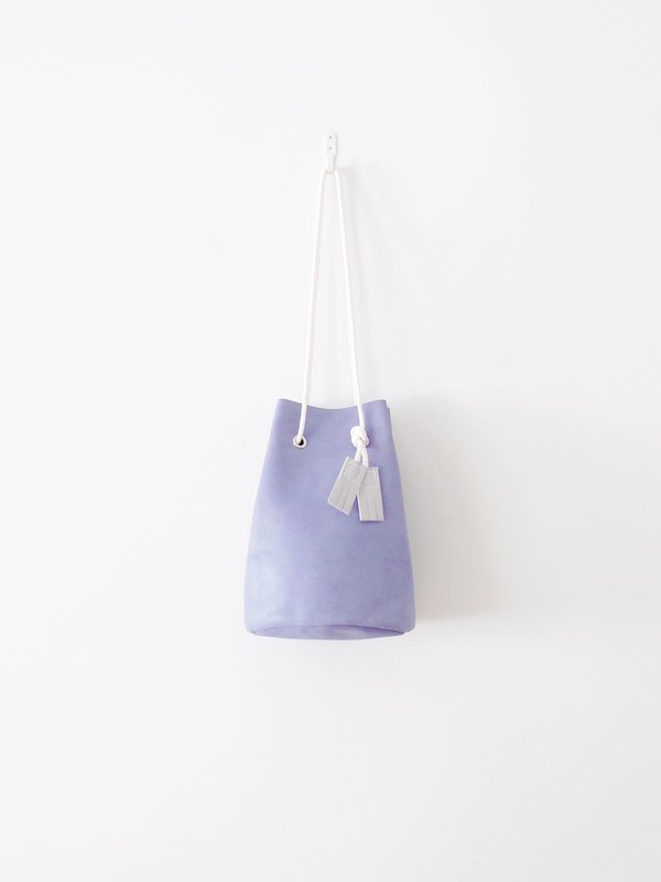 TEMBEA Game Pouch Wax Velor - Lavender