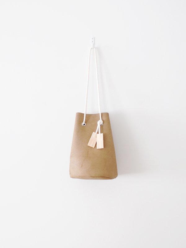 TEMBEA Game Pouch Wax Velor - Beige