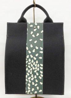 リュックタイプバッグ「KAERA sac」墨色 墨緑色雪だるま