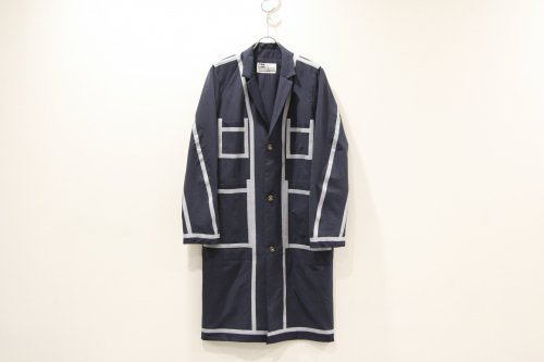 <img class='new_mark_img1' src='https://img.shop-pro.jp/img/new/icons47.gif' style='border:none;display:inline;margin:0px;padding:0px;width:auto;' />CITY / tape seeming shop coat(NAVY)