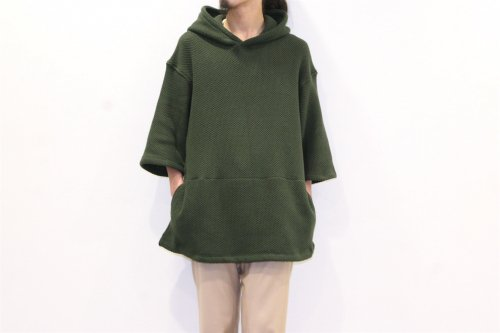 <img class='new_mark_img1' src='https://img.shop-pro.jp/img/new/icons47.gif' style='border:none;display:inline;margin:0px;padding:0px;width:auto;' />ETHOS/ KNIT PARKA(KHAKI)