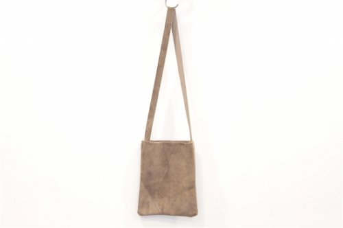 <img class='new_mark_img1' src='https://img.shop-pro.jp/img/new/icons47.gif' style='border:none;display:inline;margin:0px;padding:0px;width:auto;' />lil / shoulder bag(BEIGE)
