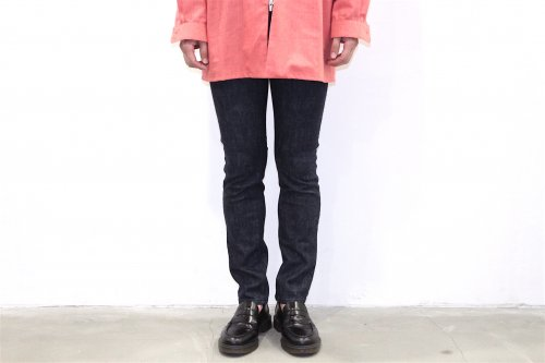 <img class='new_mark_img1' src='https://img.shop-pro.jp/img/new/icons47.gif' style='border:none;display:inline;margin:0px;padding:0px;width:auto;' />esgrey / skinny jeans(BLUE)