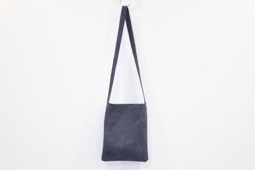 <img class='new_mark_img1' src='https://img.shop-pro.jp/img/new/icons47.gif' style='border:none;display:inline;margin:0px;padding:0px;width:auto;' />lil / shoulder bag(NAVY)