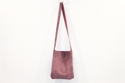<img class='new_mark_img1' src='https://img.shop-pro.jp/img/new/icons47.gif' style='border:none;display:inline;margin:0px;padding:0px;width:auto;' />lil / shoulder bag(BURGUNDY)