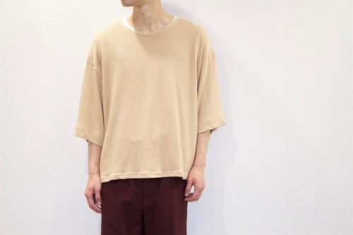 <img class='new_mark_img1' src='https://img.shop-pro.jp/img/new/icons47.gif' style='border:none;display:inline;margin:0px;padding:0px;width:auto;' />house of the very island's... / OVERSIZE KNIT TEE(IVORY)