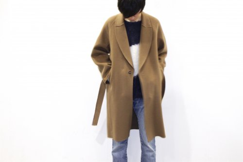 <img class='new_mark_img1' src='https://img.shop-pro.jp/img/new/icons47.gif' style='border:none;display:inline;margin:0px;padding:0px;width:auto;' />ATELIER BÉTON / MORNING COAT(CAMEL)