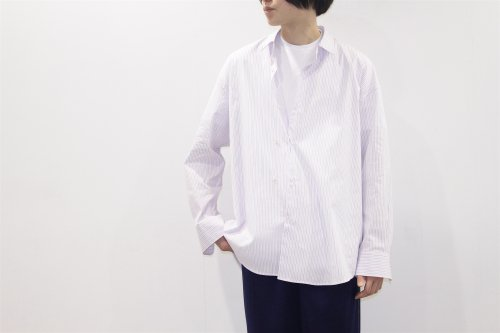 <img class='new_mark_img1' src='https://img.shop-pro.jp/img/new/icons47.gif' style='border:none;display:inline;margin:0px;padding:0px;width:auto;' />THEE / double-buttoned shirts.(MULTI STRIPE)
