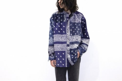 <img class='new_mark_img1' src='https://img.shop-pro.jp/img/new/icons47.gif' style='border:none;display:inline;margin:0px;padding:0px;width:auto;' />Children of the discordance / VINTAGE BANDANA PATCHWORK SHIRT LS(NAVY)