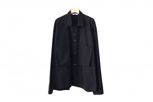 <img class='new_mark_img1' src='https://img.shop-pro.jp/img/new/icons47.gif' style='border:none;display:inline;margin:0px;padding:0px;width:auto;' />THEE / oversize short shirt.(BLACK)