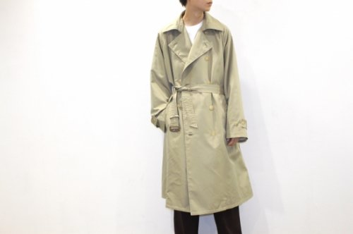 <img class='new_mark_img1' src='https://img.shop-pro.jp/img/new/icons47.gif' style='border:none;display:inline;margin:0px;padding:0px;width:auto;' />Blanc YM / Silk Grosgrain Trench Coat(GOLD)
