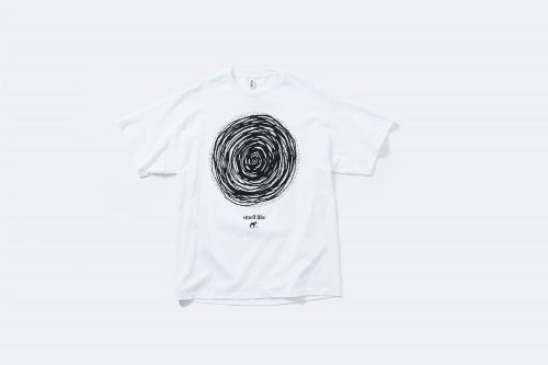 <img class='new_mark_img1' src='https://img.shop-pro.jp/img/new/icons2.gif' style='border:none;display:inline;margin:0px;padding:0px;width:auto;' />smell(s)like / CIRCLE short sleeve T-shirts designed by tsutomu moriya(WHITE)
