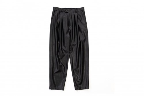 <img class='new_mark_img1' src='https://img.shop-pro.jp/img/new/icons47.gif' style='border:none;display:inline;margin:0px;padding:0px;width:auto;' />stein / FAKE LEATHER TROUSERS(BLACK)