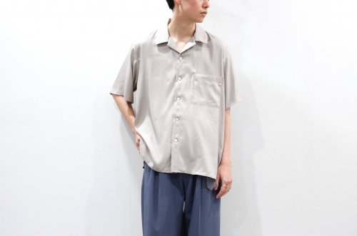 <img class='new_mark_img1' src='https://img.shop-pro.jp/img/new/icons47.gif' style='border:none;display:inline;margin:0px;padding:0px;width:auto;' />stein / CUPRO OPEN COLLAR SS SHIRT(BEIGE)