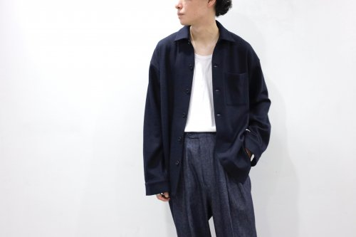 <img class='new_mark_img1' src='https://img.shop-pro.jp/img/new/icons2.gif' style='border:none;display:inline;margin:0px;padding:0px;width:auto;' />Blanc YM / Milled Wool Shirt(NAVY)