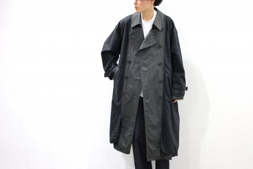 <img class='new_mark_img1' src='https://img.shop-pro.jp/img/new/icons2.gif' style='border:none;display:inline;margin:0px;padding:0px;width:auto;' />YOKE / REVERSIBLE TRENCH COAT(CHARCOAL)