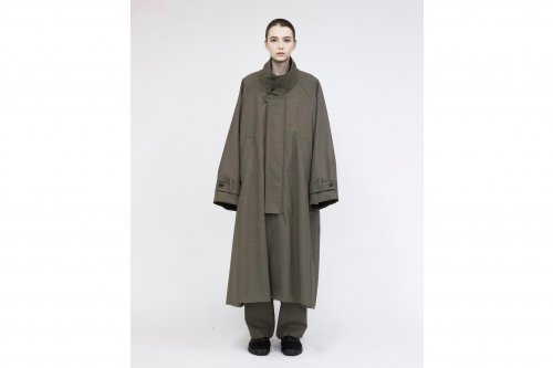 <img class='new_mark_img1' src='https://img.shop-pro.jp/img/new/icons47.gif' style='border:none;display:inline;margin:0px;padding:0px;width:auto;' />VOAAOV / OVERSIZE STANDCOLLAR COAT(BROWN)