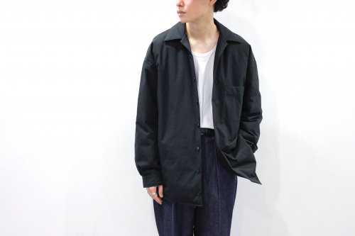 <img class='new_mark_img1' src='https://img.shop-pro.jp/img/new/icons2.gif' style='border:none;display:inline;margin:0px;padding:0px;width:auto;' />VOAAOV / OVERSIZE PADDED SHIRT JKT(BLACK)