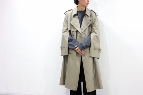 <img class='new_mark_img1' src='https://img.shop-pro.jp/img/new/icons2.gif' style='border:none;display:inline;margin:0px;padding:0px;width:auto;' />stein / OVERSIZED OVERLAPED TRENCH COAT(BEIGE)