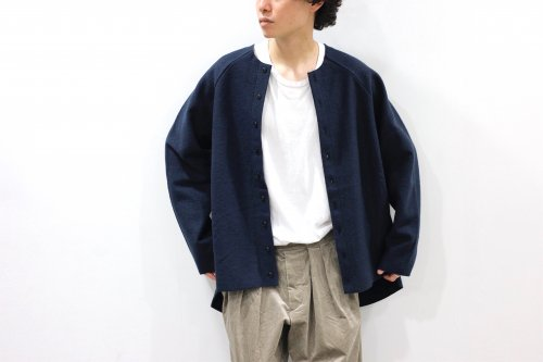 <img class='new_mark_img1' src='https://img.shop-pro.jp/img/new/icons2.gif' style='border:none;display:inline;margin:0px;padding:0px;width:auto;' />VOAAOV / OVERSIZE CREW NECK CARDIGAN(NAVY)