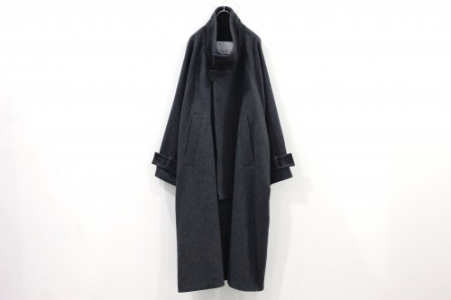 <img class='new_mark_img1' src='https://img.shop-pro.jp/img/new/icons47.gif' style='border:none;display:inline;margin:0px;padding:0px;width:auto;' />VOAAOV / WOOL OVERSIZE STANDCOLLAR COAT(CHARCOAL)