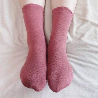 つむぎシルク(絹紬糸)の二重編みソックス|ローズピンク