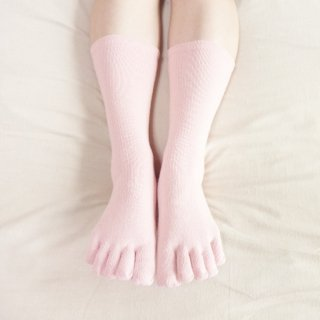絹糸屋さんの『足指、いきいき。』シルク五本指靴下|〜つむぎシルク・絹紬糸〜|ピンク