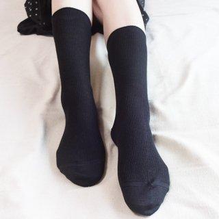 けんぼうシルク(絹紡糸)の先丸ソックス|ブラック