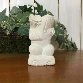 パラス石 石彫り バリ島 アジアン オブジェ 置物 カエル 10cm (プルメリアひねり右向き)