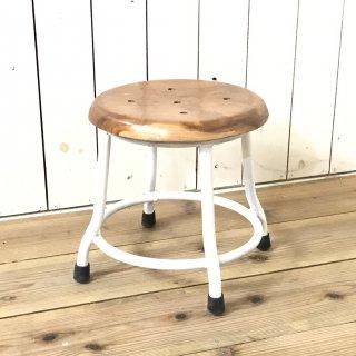レトロな鉄脚スツール 座面チーク 無垢材 作業椅子 低い丸椅子 チェア ホワイト ナチュラル座面