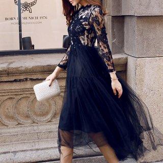 チュールスカートと花柄刺繍レースがフェミニンなナイトドレス