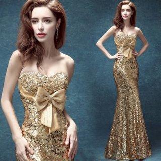 ゴールド×ビッグリボンがインパクト大のボディコンキャバドレス