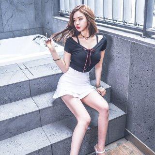胸元リボンとWフリルのスカートがフェミニンなスカートセットアップ スーツ