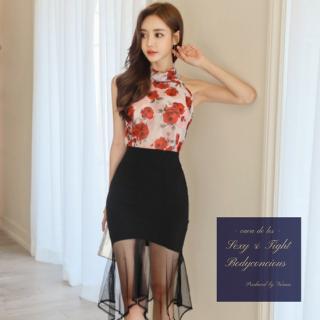 花柄ホルターネックと裾シースルーがフェミニンなスカートセットアップ スーツ