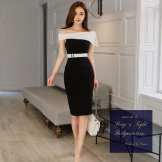 アシンメトリーなショルダーデザインがエレガントなタイトキャバドレス