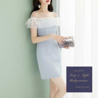 オフショルの花柄刺繍&エアリーな装飾が目を惹くタイトドレス