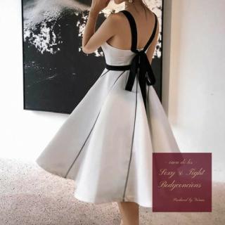 【即納】ボリューミーに広がるフレアスカートが目を惹くツートンカラーのキャバドレス
