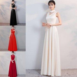 ネックデザインがエレガント&個性的なノースリーブのタイトドレス