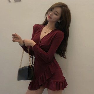 裾フリルとカシュクールでオトナかわいい長袖のカジュアルタイトワンピース 3色