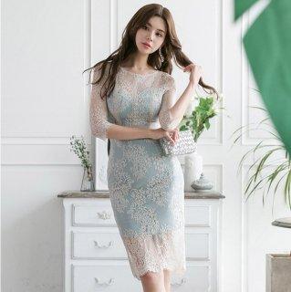 バックリボンの大胆な背中魅せがセクシーな刺繍総レースの袖ありタイトドレス