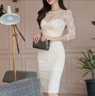 透け感シースルーで大人かわいい花柄刺繍の膝丈タイト白ドレス ワンピース