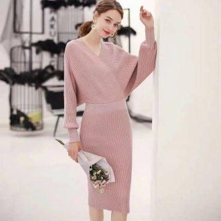 デートや同伴に 大胆な背中見せがセクシーなリブニットの長袖スカートセットアップ 4色