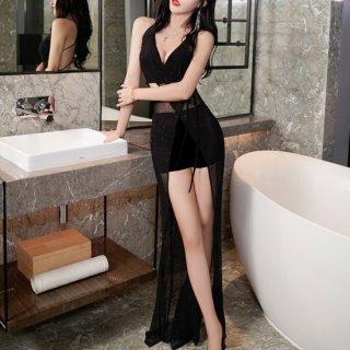 他と被りにくい海外デザイン 個性的でセクシーなマキシ丈のシースルー黒ドレス