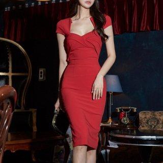 大胆カット谷間見せ エレガントな赤の膝丈ボディコンワンピース ドレス