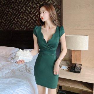 大胆カットの谷間見せが色っぽいミニ丈のシンプルタイトドレス ワンピース 4色