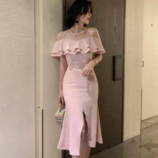 人気の海外デザイン ティアードフリルのオフショル風ミディ丈スリットタイトドレス ワンピース