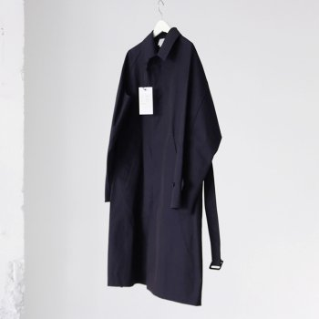 <img class='new_mark_img1' src='https://img.shop-pro.jp/img/new/icons14.gif' style='border:none;display:inline;margin:0px;padding:0px;width:auto;' />YOKE/ DOWNSIZING BAL COLLAR COAT