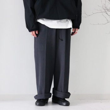 <img class='new_mark_img1' src='https://img.shop-pro.jp/img/new/icons14.gif' style='border:none;display:inline;margin:0px;padding:0px;width:auto;' />ATHA/ 24/2 WAFFLE WIDE EASY TROUSERS
