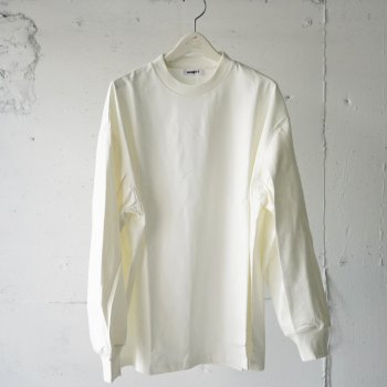 <img class='new_mark_img1' src='https://img.shop-pro.jp/img/new/icons14.gif' style='border:none;display:inline;margin:0px;padding:0px;width:auto;' />AUBETT / Tuck Sleeve Pullover